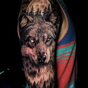 тату волк